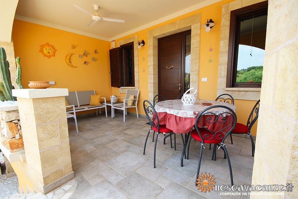 Veranda fronte casa Pescoluse 4