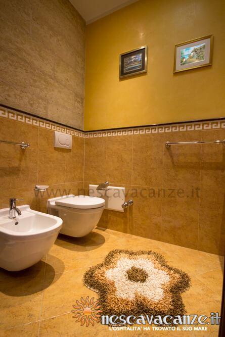 Bagno casa Pescoluse 5