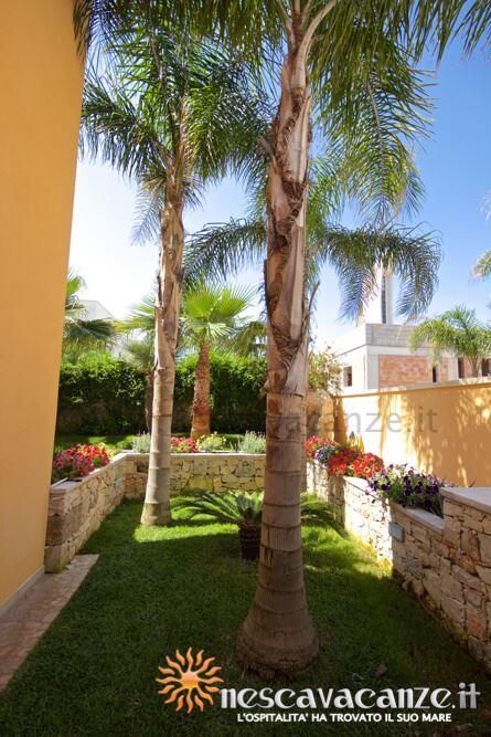 Giardino casa Pescoluse 4