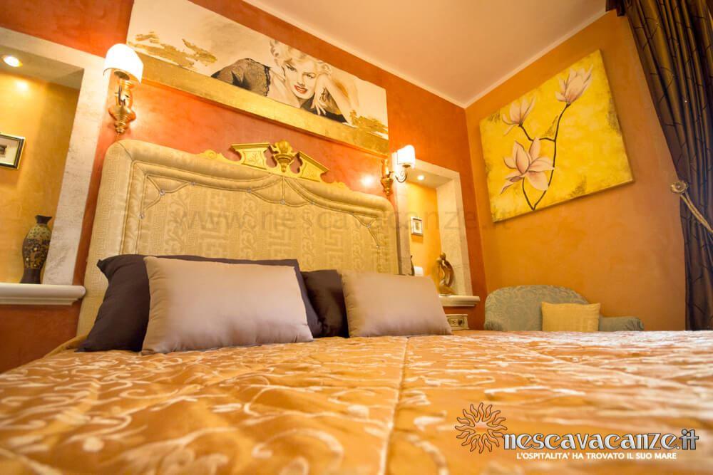 Camera matrimoniale casa Pescoluse 6