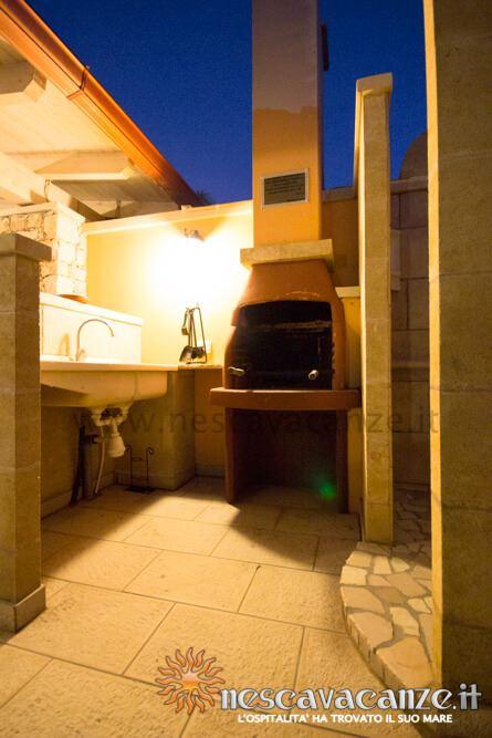 Barbeque di notte casa Pescoluse 7