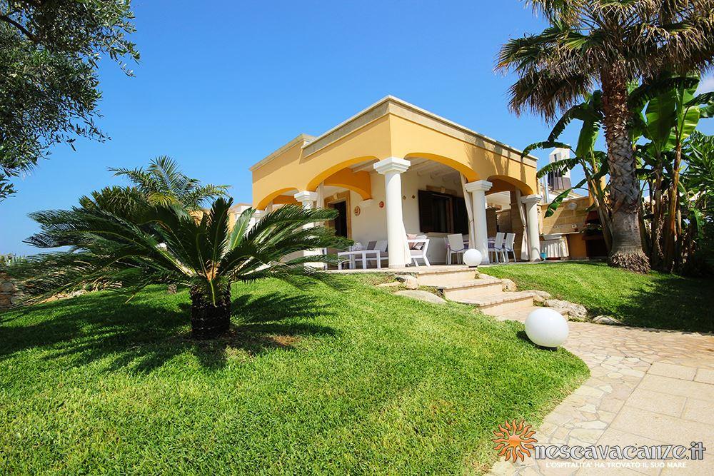 Giardino casa Pescoluse 8