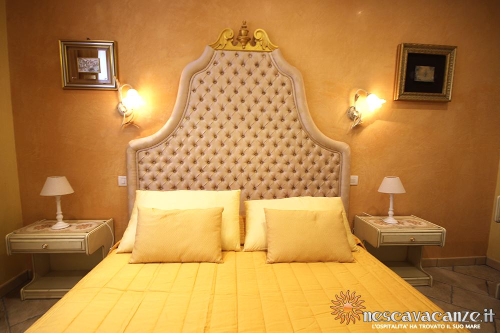 Camera matrimoniale casa Pescoluse 8