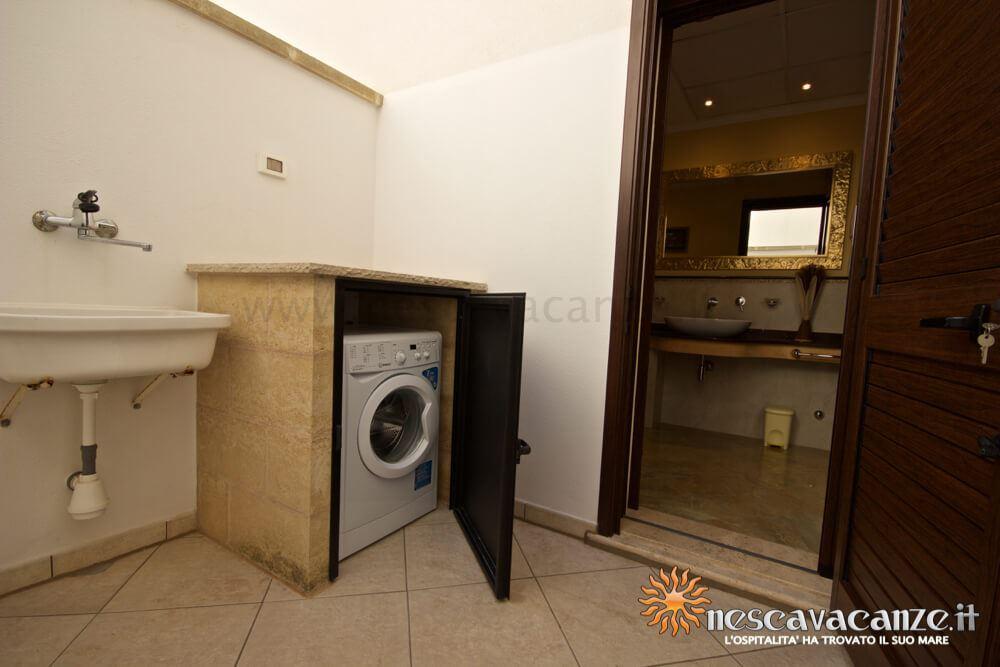 Zona lavanderia casa Pescoluse 9