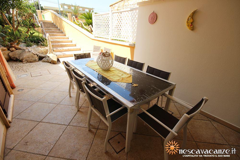 Veranda attrezzata casa Pescoluse 9