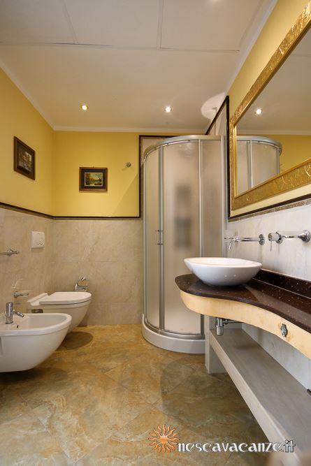 Primo bagno casa Pescoluse 9