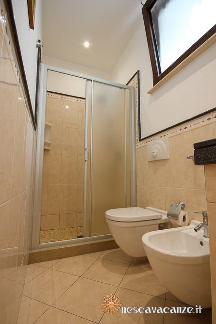 Secondo bagno casa Pescoluse 9