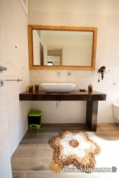 43: Casa Dune Pescoluse dettaglio bagno 1