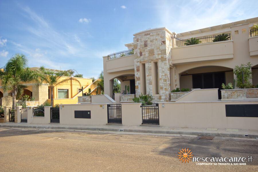 2: Casa Giglio Pescoluse fronte 2