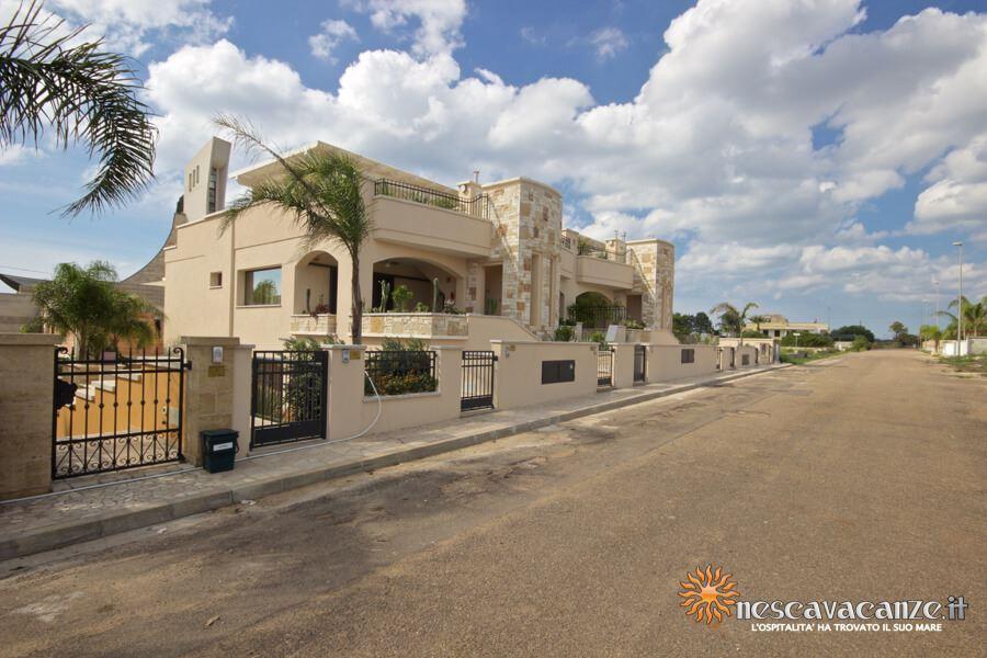 3: Casa Giglio Pescoluse fronte 3