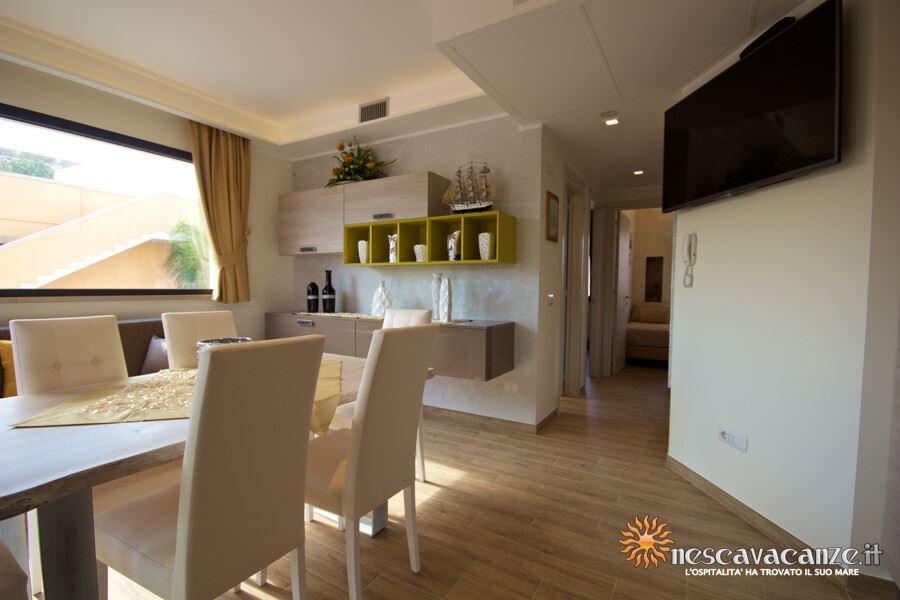 33: Casa Giglio Pescoluse cucina 2