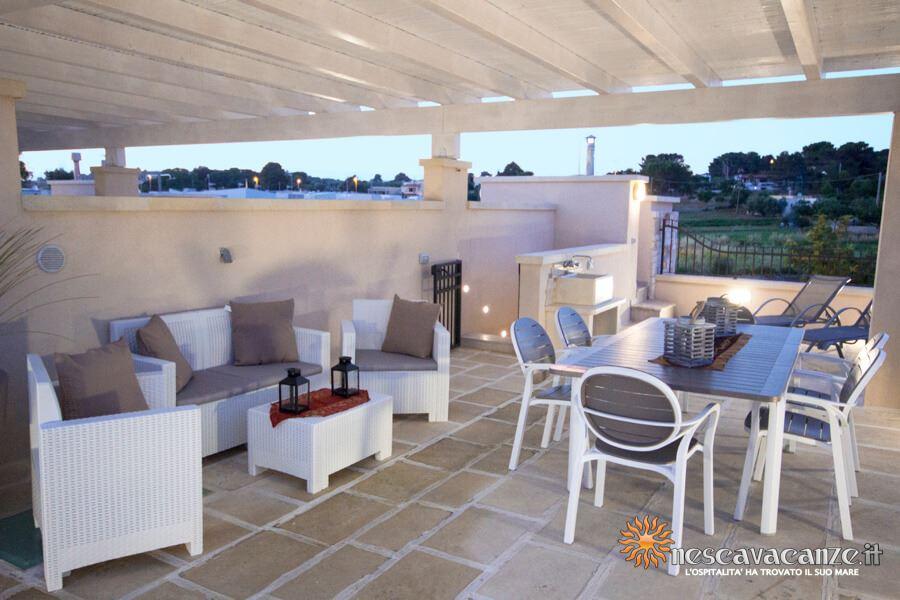 73: Casa Giglio Pescoluse barbecue su terrazzo